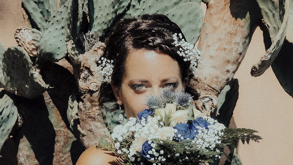 bride bouquet flowers wedding film